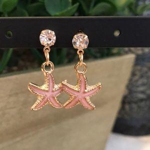 Darling Betsey Johnson Pink Starfish Earrings! NWT